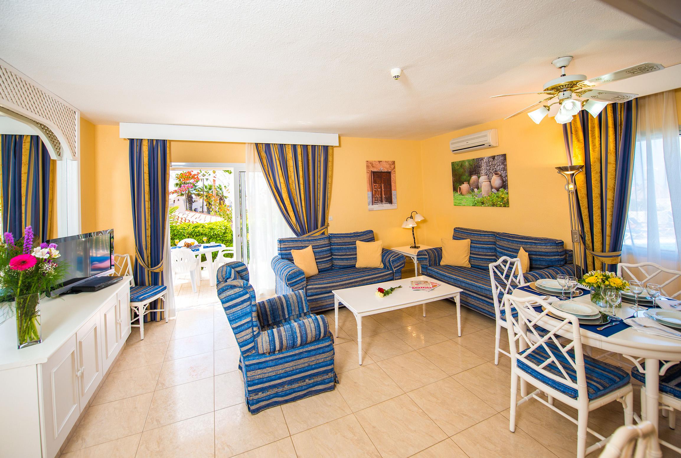Sueño Azul Living Area