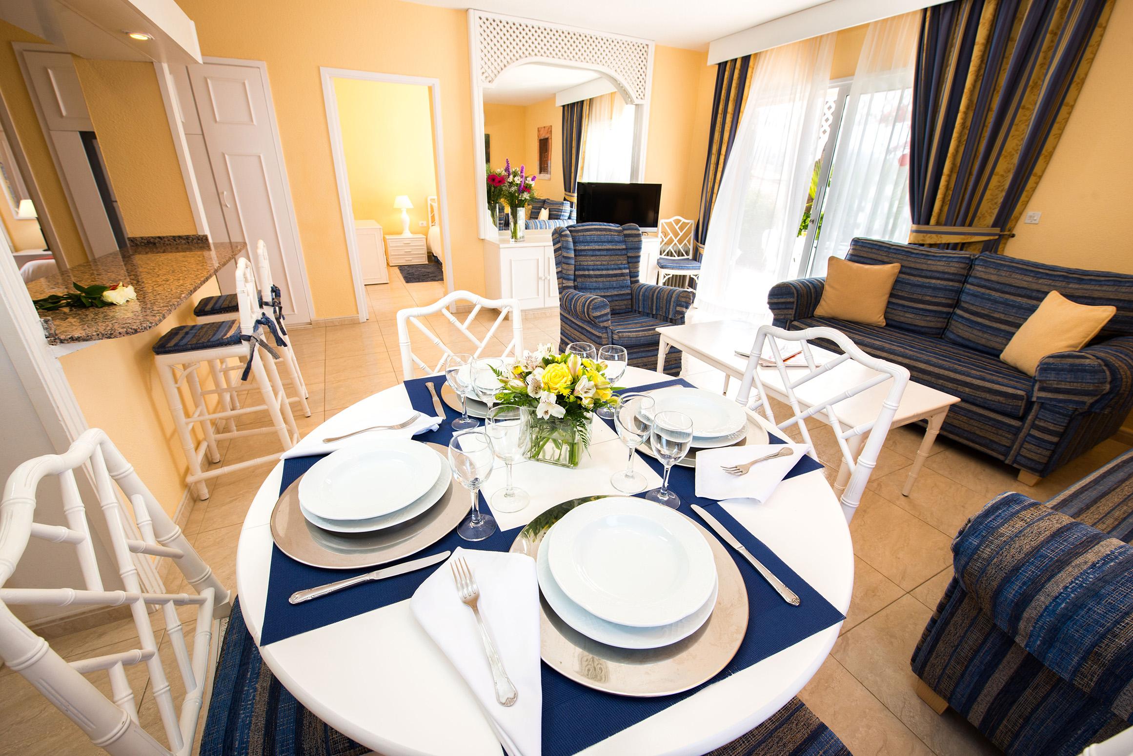Sueño Azul Dining Area